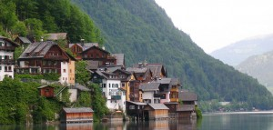 china-unveils-a-knockoff-version-of-an-entire-austrian-village